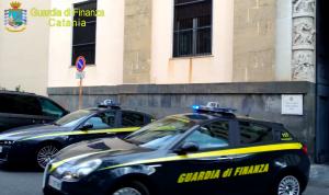 Evasione fiscale e bancarotta, arrestati due imprenditori a Catania