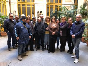 """Teatro Bellini di Catania, lavoratori in assemblea permanente: """"Vogliono affossarci"""""""