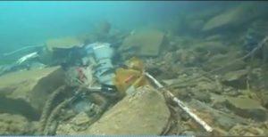 Lampedusa, ecco i fondali del Molo Favaloro  (video)
