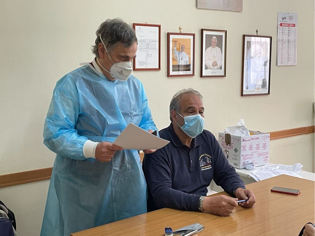 Covid vaccino in Chiesa
